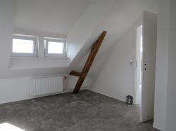Gemütliche 1,5-Zimmer-Wohnung mit Dachschrägen in zentraler Lage